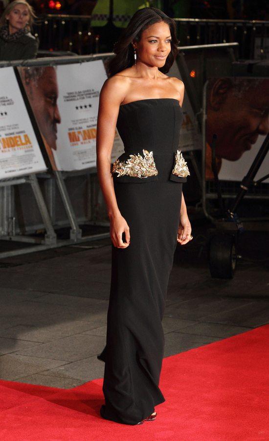 Naomie Harris w sukni Alexandra McQueena