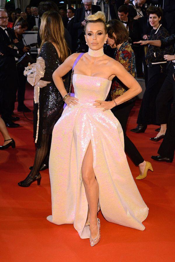 Doda i jej dziwaczna fryzura na czerwonym dywanie w Cannes (FOTO)