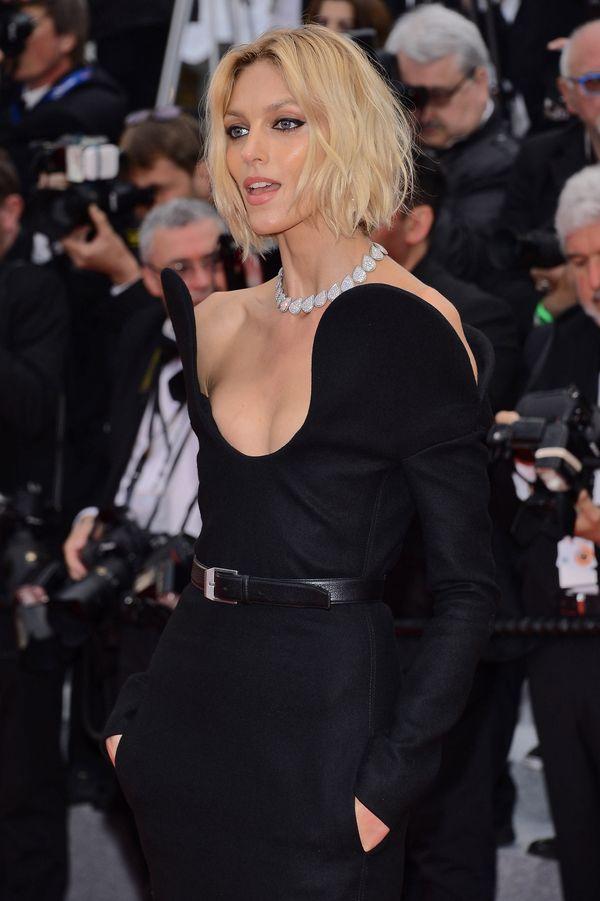 Uwielbiamy fryzurę Anji Rubik! Zobaczcie, jak wyglądała w Cannes! (FOTO)