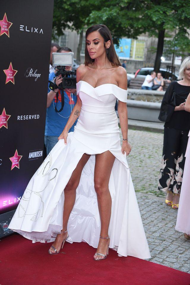 Natalia Siwiec W KOŃCU pokazała brzuch! (FOTO)