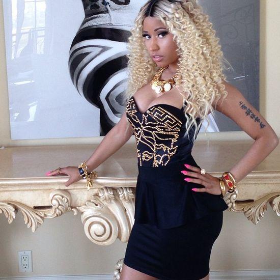 Nicki Minaj w stroju kąpielowym D&G (FOTO)