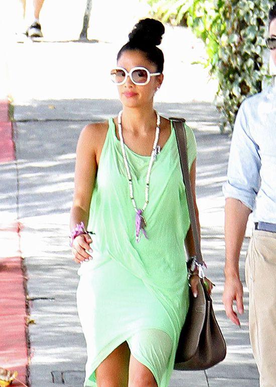Nicole Scherzinger w asymetrycznej sukience