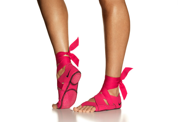 Innowacyjne obuwie z linii Nike Studio Wrap
