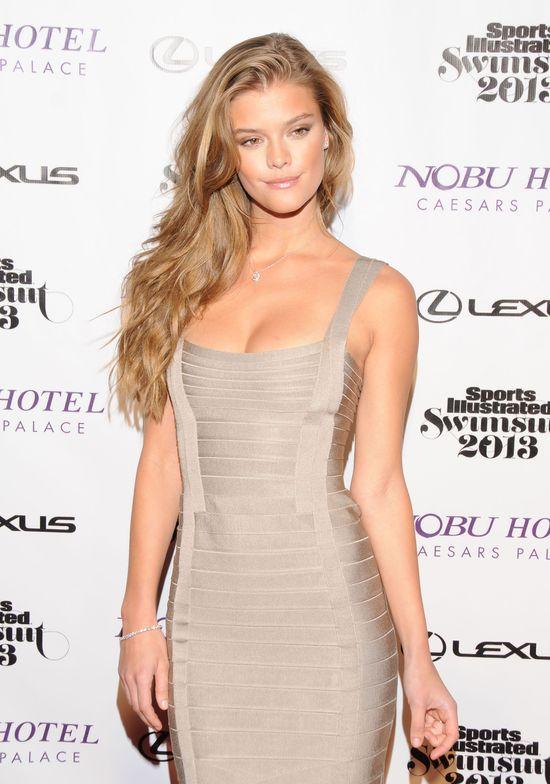 Śliczna Nina Agdal podbija świat mody (FOTO)