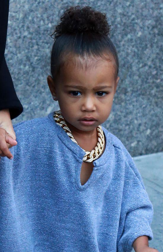 Kim Kardashian dla urody zadręcza North West? (FOTO)