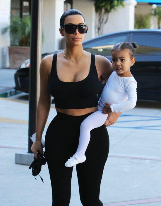 Kim Kardashian przedłużyła włosy Nori West! (FOTO)