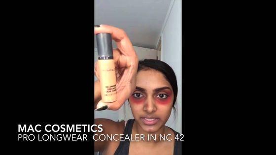 Ukryj cienie pod oczami przy pomocy... czerwonej szminki