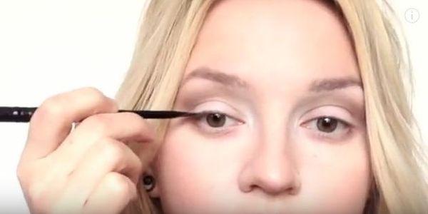 8 tricków powiększających oczy, których nie znałaś (VIDEO)