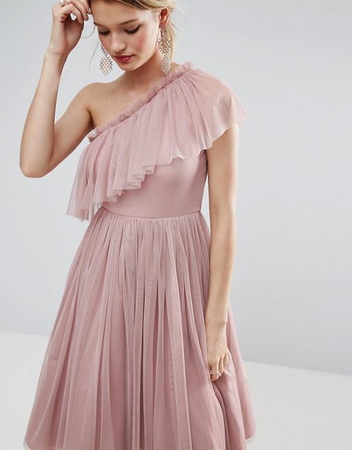 Sezon welelny tuż-tuż! Nasze propozycje sukienek w pastelowych odcieniach (FOTO)