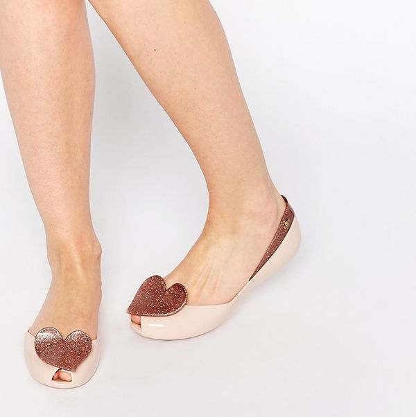 Modne płaskie buty w ofercie Asos (FOTO)