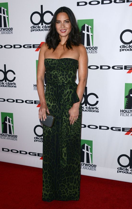 Olivia Munn w panterkowej sukience