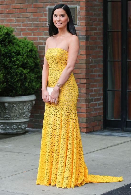 Olivia Munn w żółtej sukience
