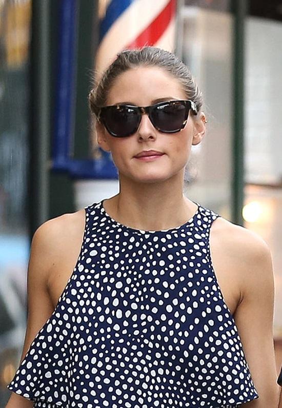 Olivia Palermo w zwiewnej sukience (FOTO)