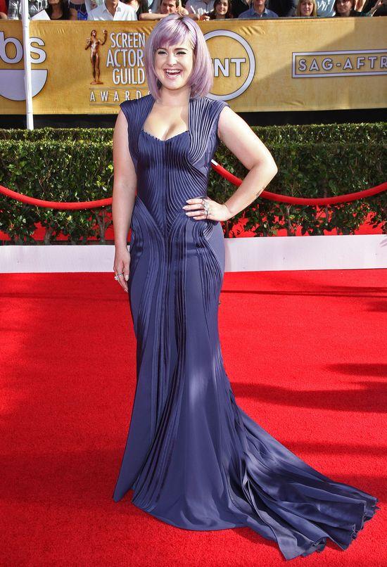 Kelly Osbourne oszpecziła się fryzurą! (FOTO)