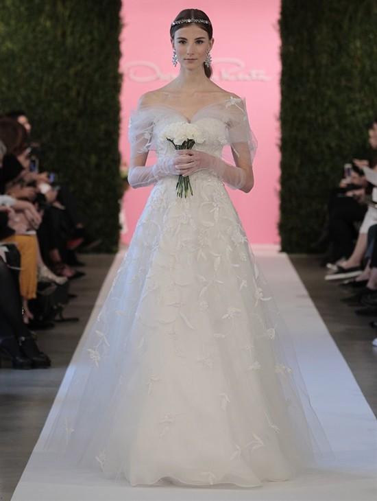 Oscar De la Renta - suknie ślubne na rok 2015 (FOTO)