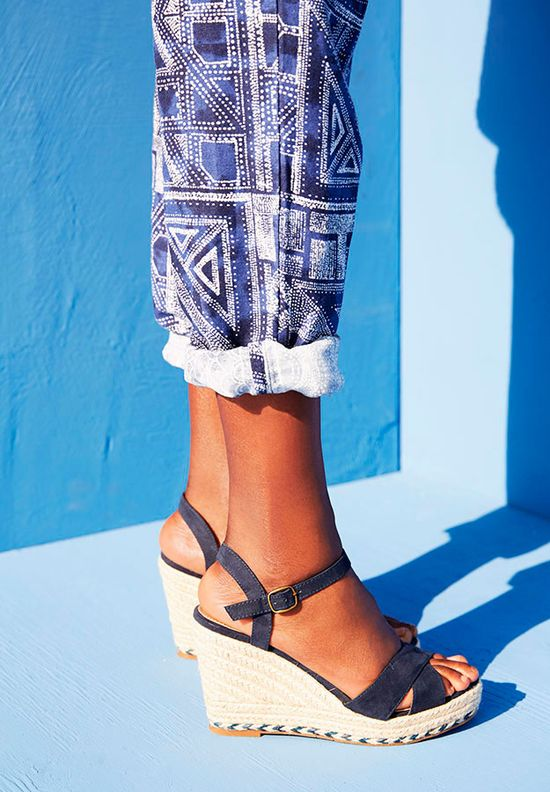Oysho Navy Inspiration - Kolekcja na lato w odcieniach niebieskiego