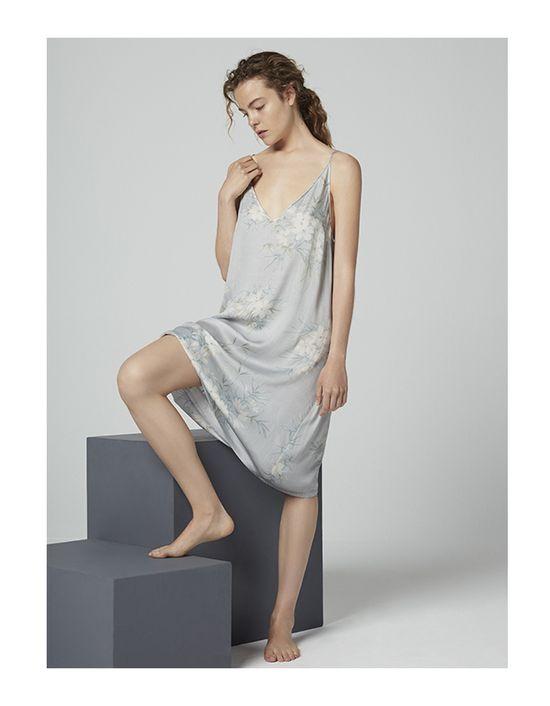 Oysho Class Grey - Szarości w kolekcji piżam na jesień 2016