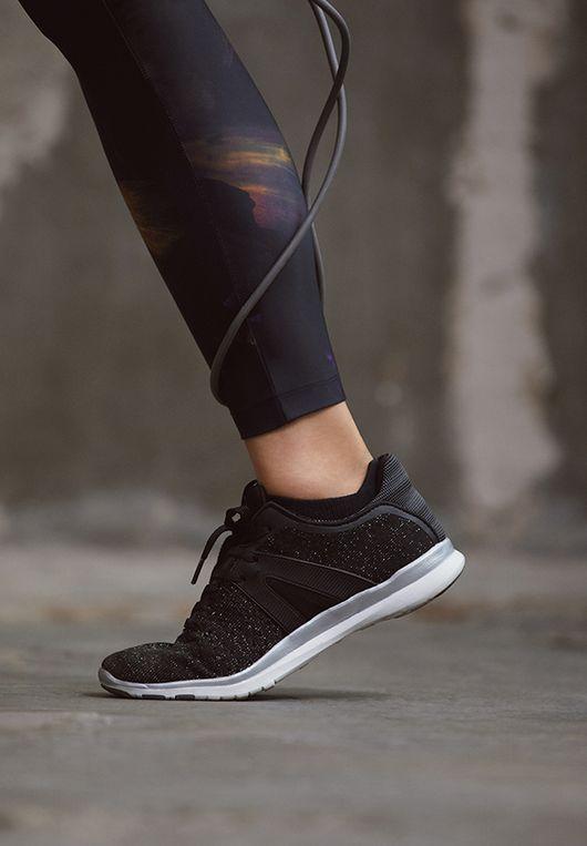 Oysho Workout - Nowa kolekcja sportowa, w która sprawi, że od razu...