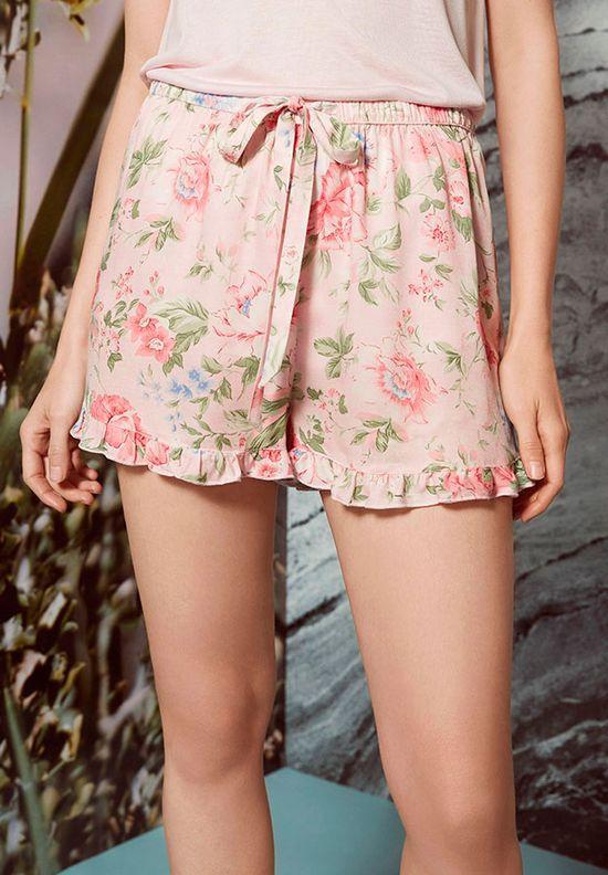 Oysho Floral Touch - Zakochacie się w tej romantycznej kolkcji na lato