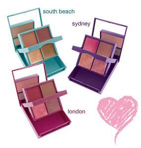 makijaż, paletka, zestaw, cienie do powiek, błyszczyk, szminka, róż