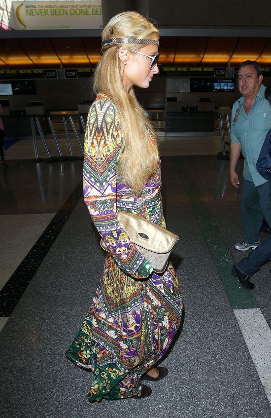 Paris Hilton przebrała się za hipiskę...