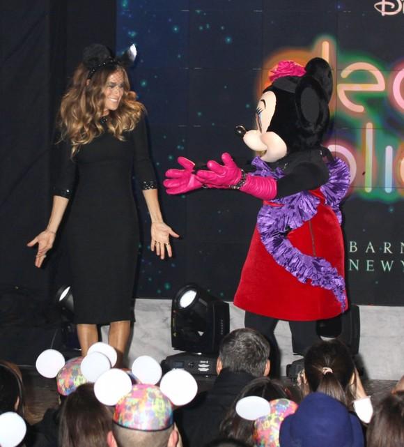 Sarah Jessica Parker jako Myszka Mickey