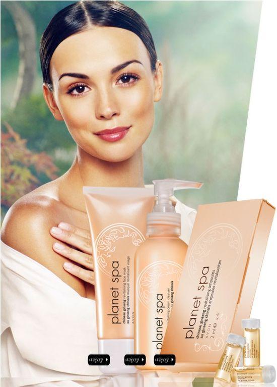 Paulina Krupińska promuje kosmetyki marki Avon (FOTO)
