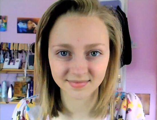 Ta dziewczyna przez 6 lat codziennie robiła sobie zdjęcie!