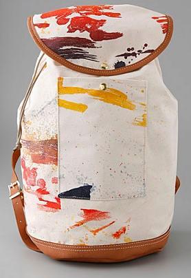 Plecak maźnięty farbą
