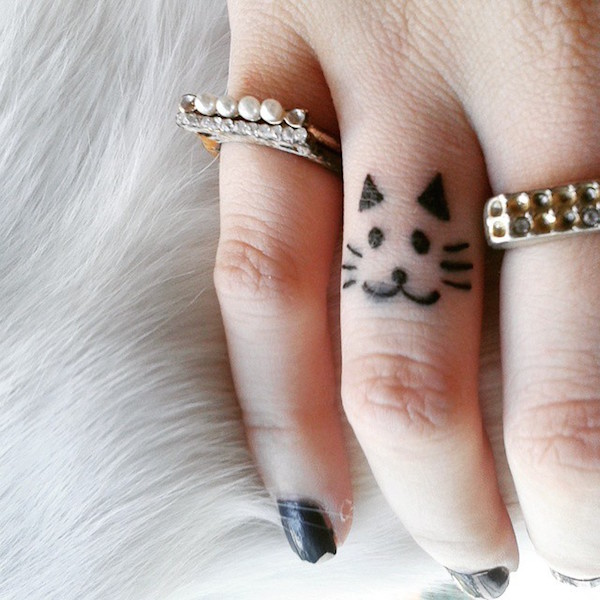 Tatuaż Na Palcu Dużo Inspiracji Foto Zeberkapl
