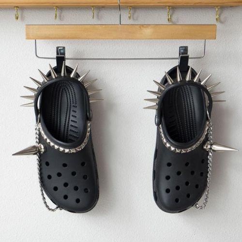 To najbrzydsze buty świata? Niekoniecznie. Wyprzedają się w mgnieniu oka!