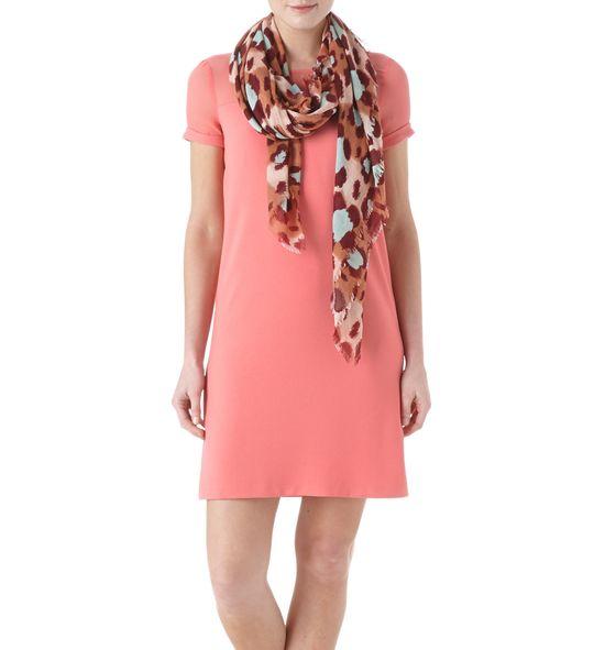Modna pastelowa sukienka na lato w kilku odsłonach