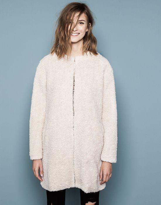 Pastelowe płaszcze na jesień w roli gółwnej!
