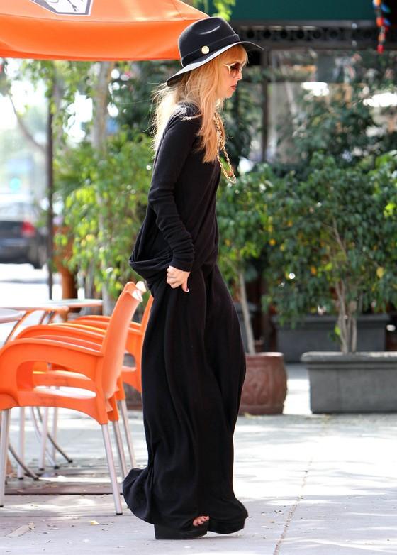 Rachel Zoe cała w czerni