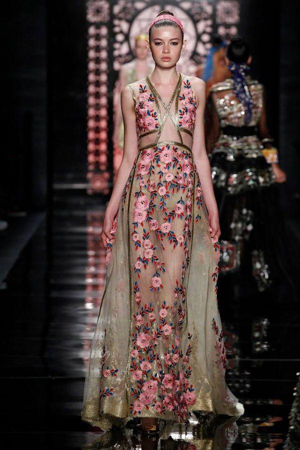 Suki Waterhouse w romantycznej sukni Reem Acra (FOTO)