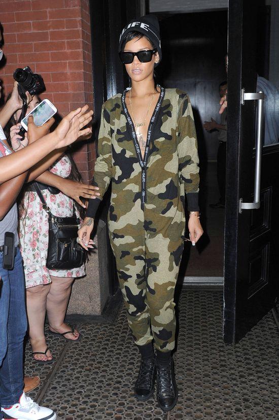 Rihanna w kombinezonie River Island (FOTO)