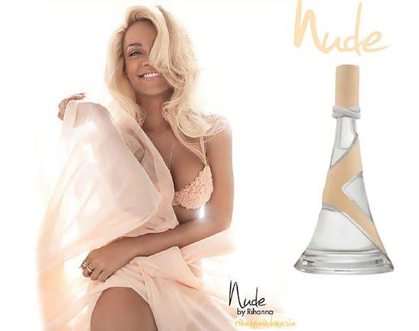 Rihanna jako blondynka promuje swoje nowe perfumy