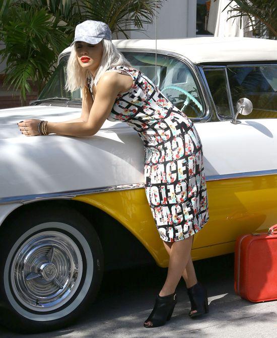 Rita Ora w dwóch stylizacjach (FOTO)