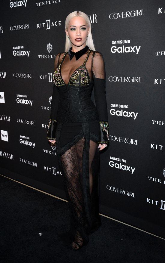 Tłum świetnie ubranych gwiazd na gali Harper's Bazaar Icons