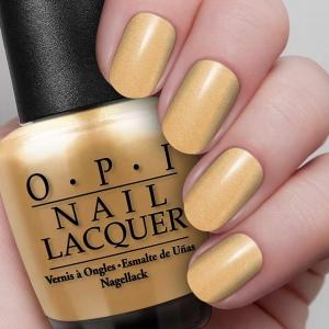 Co powiesz na 18-sto karatowe złoto na paznokciach? (FOTO)