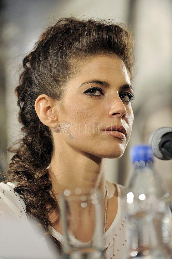 Dwie stylizacje Weroniki Rosati (FOTO)
