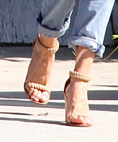 Niewymuszony luz Rosie Huntington-Whiteley (FOTO)