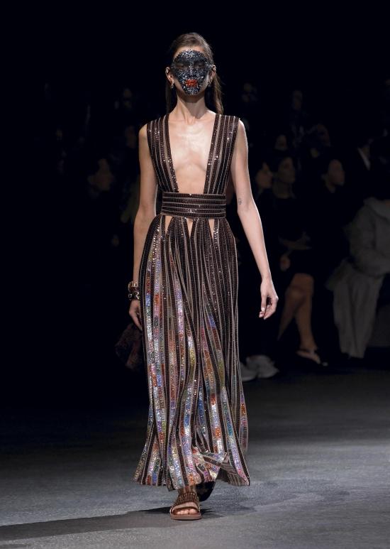 Givenchy - kolekcja na wiosenno-letni sezon 2014 (FOTO)