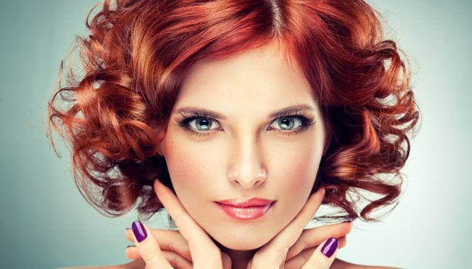 Efektowny Makijaż Dla Rudych Włosów I Niebieskich Oczu Zeberkapl