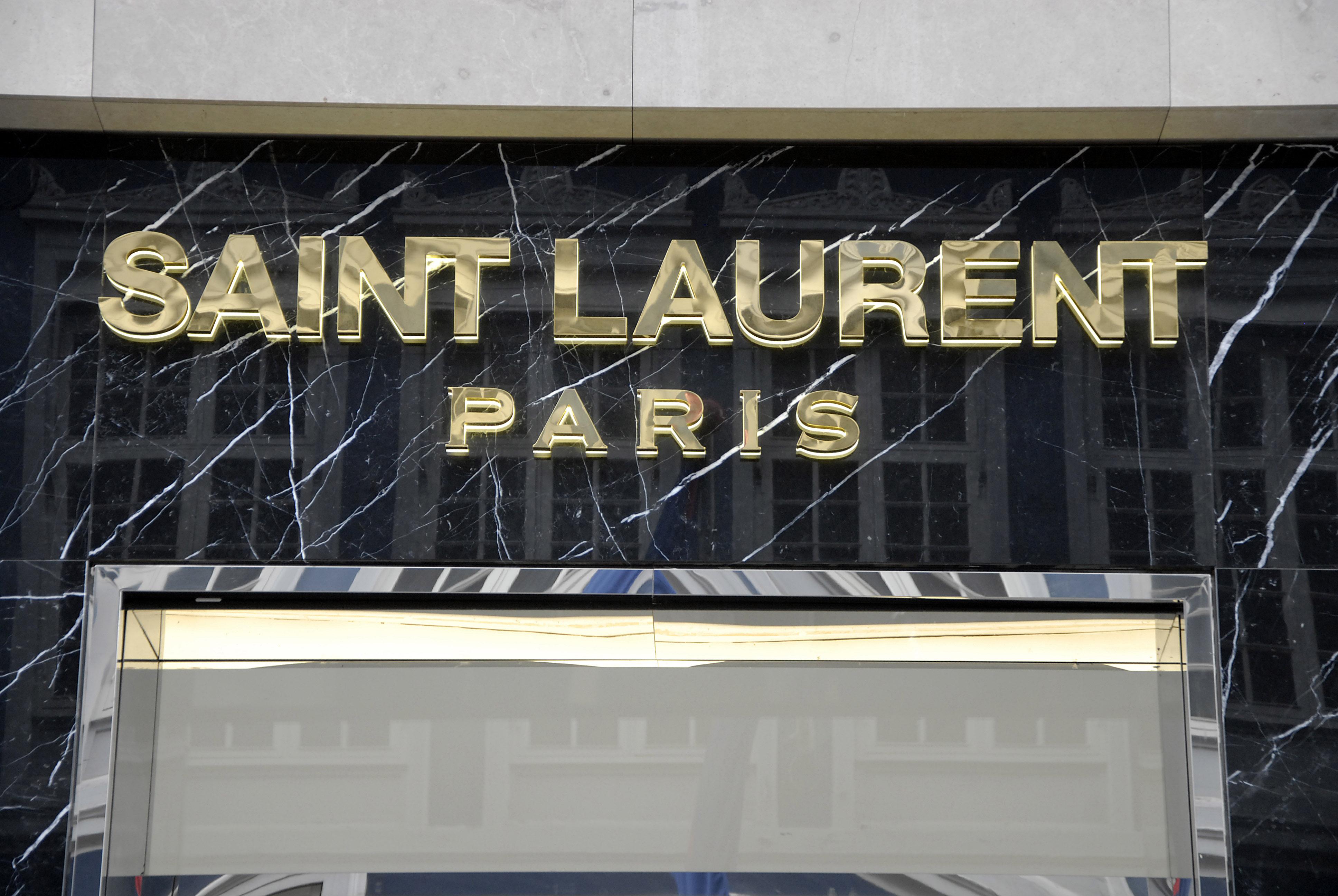 Hedi Slimane odchodzi z domu mody Saint Lauret