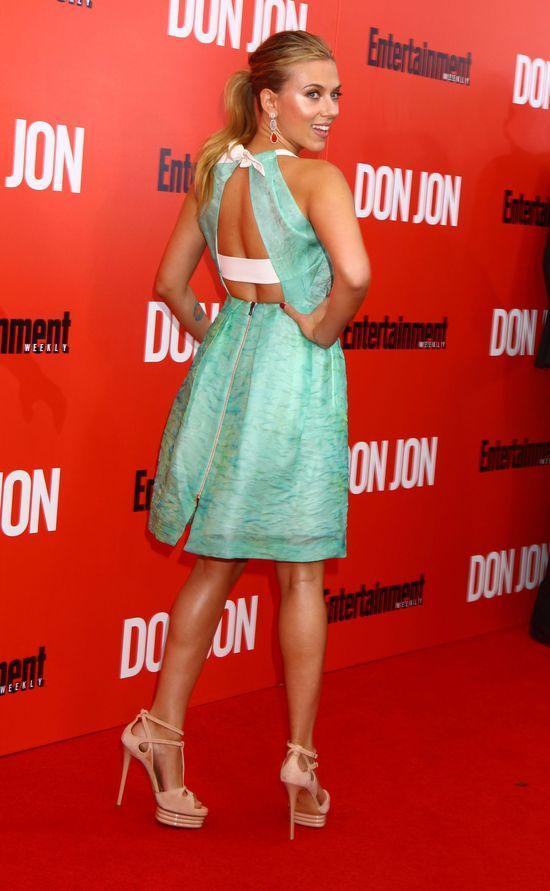 Scarlett Johansson w sukience Rolanda Moureta (FOTO)