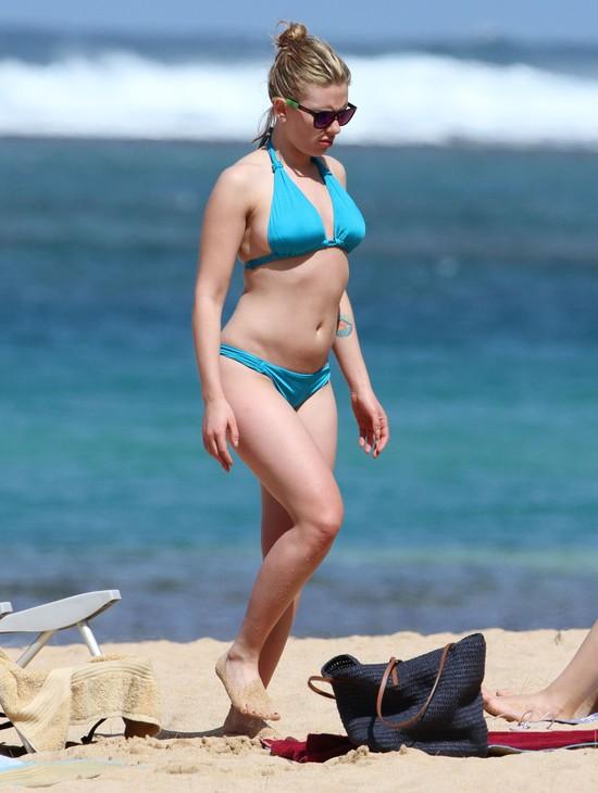 (Nie)idealne gwiazdy w bikini (FOTO)