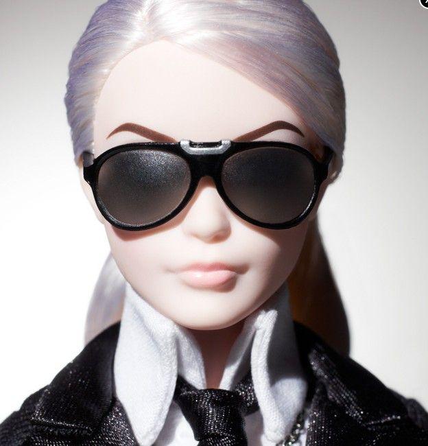 Barbie Karla Lagerfelda wyprzedana w mgnieniu oka! (FOTO)