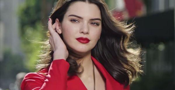 Kolejny owoc współpracy Kendall Jenner i marki Estee Lauder