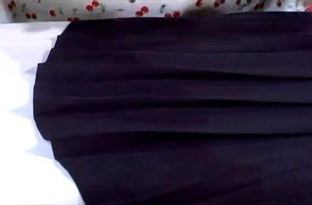 Jak prasować plisowaną spódnicę? [VIDEO]